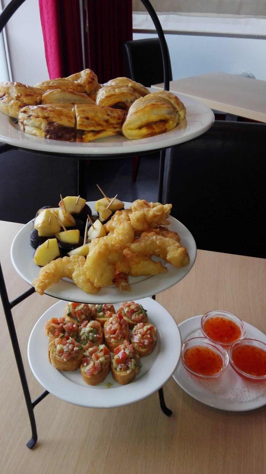 Ontbijtbuffet, brunch, tapas in ravels